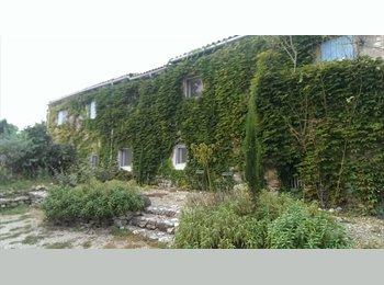 Appartager FR - Coloc dans un mas provençal avec jardin, piscine et parking  - Cabriès, Aix-en-Provence - 435 € /Mois