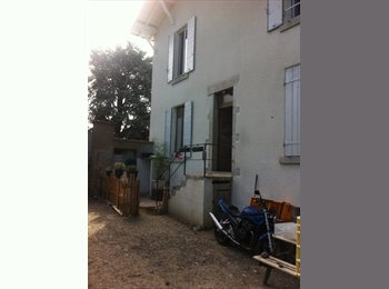 Appartager FR - Colocation dans maison à Brignais - Brignais, Lyon - 350 € /Mois