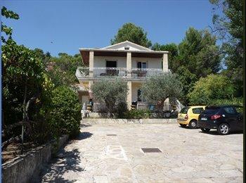 Appartager FR - Colocation appartement spacieux à 5min de Montpellier proche facultés - Montferrier-sur-Lez, Montpellier - 450 € /Mois