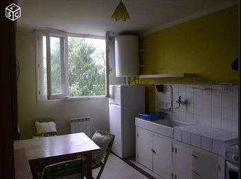 Appartager FR - Colocation meublée proche université 55m - Lorient, Lorient - 280 € /Mois