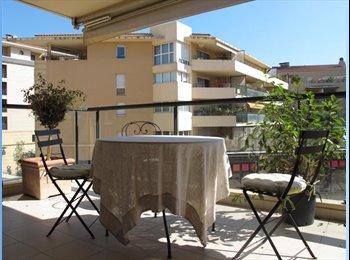 Appartager FR - Colocation centre ville aix en provence  - Aix-en-Provence, Aix-en-Provence - 570 € /Mois