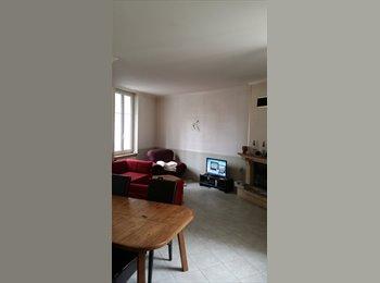 Appartager FR - coloc à 4 dans une maison - Orléans, Orléans - 350 € /Mois