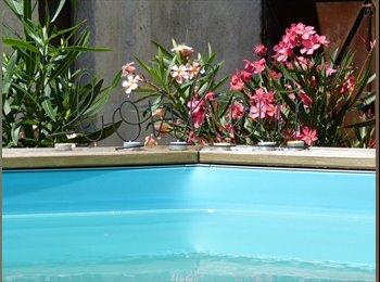 Appartager FR - Jolie maison avec jardin & piscine - Nansouty - St Genès - Simiot - Barrière de Toulous, Bordeaux - 650 € /Mois