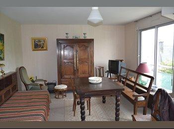 Appartager FR - APPARTEMENT 3 PIECES  CENTRE VILLE - Quimper, Quimper - 545 € /Mois