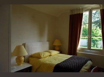 Appartager FR - colocation grande maison bourgeoise  - Noyon, Noyon - 495 € /Mois