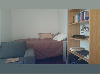 Appartager FR - Colocation dans appart agréable Paris 11 Parmentier - 11ème Arrondissement, Paris - Ile De France - 450 € /Mois