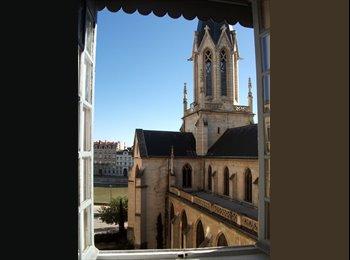 Appartager FR - chambre vue sur saône - 5ème Arrondissement, Lyon - 423 € /Mois