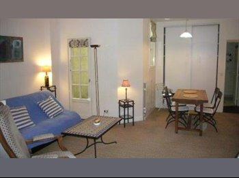 Appartager FR - bel STUDIO MEUBLE - La Rochelle, La Rochelle - 715 € /Mois