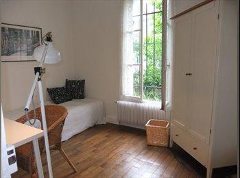 Appartager FR - RECHERCHE COLOCATAIRE - Bois-Colombes, Paris - Ile De France - 380 € /Mois