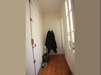Appartager FR - Paris 15 Colocation appartement 46m2 très bien situé, chambres indépendantes - 15ème Arrondissement, Paris - Ile De France - 550 € /Mois