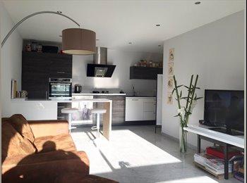 Appartager FR - Appartement 3 pièces dans superbe résidence avec piscine  - Cannes, Cannes - 500 € /Mois