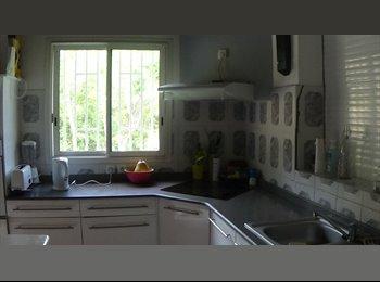 Appartager FR - Vaste T4 en coloc idéalement situé - Le Gosier, Pointe-à-Pitre - 550 € /Mois