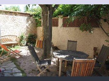 Appartager FR - Urgent : Cherche un 3ème colocataire dans une maison meublée - 9ème Arrondissement, Marseille - 450 € /Mois