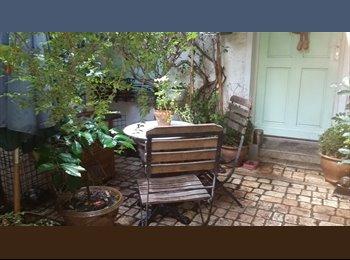 Appartager FR - chambre meublee dans maison parisienne - 13ème Arrondissement, Paris - Ile De France - 500 € /Mois