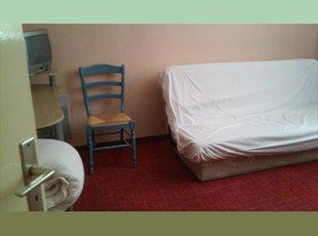 Appartager FR - Propose chambre chez l'habitant - 10ème Arrondissement, Marseille - 350 € /Mois