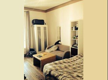 Appartager FR - Colocation gré de Bécon les bruyeres - Courbevoie, Paris - Ile De France - 600 € /Mois