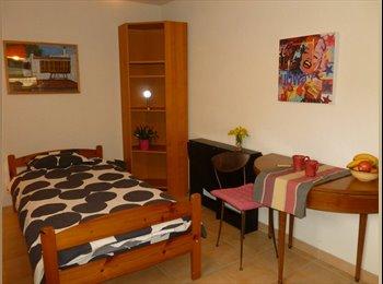 Appartager FR - loue petit studio attenant à une maison, Saint-Girod - 280 € /Mois