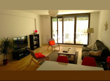 Appartager FR - Recherche 3e collocataire - Appartement avec terrasse dans le 18e - 18ème Arrondissement, Paris - Ile De France - 790 € /Mois