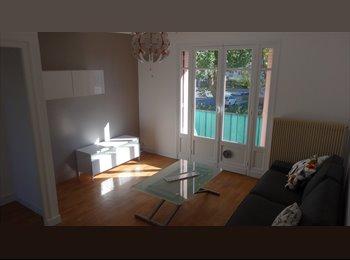 Appartager FR -  Location appart T4 refait à neuf - Pau, Pau - 400 € /Mois