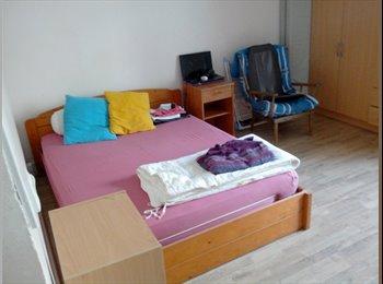 14m² Compañero de cuarto con Balcón- Todo confort - Oferta...