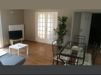 Appartager FR - LOCATION UNE CHAMBRE ETUDIANTE DS T4 - La Valette-du-Var, Toulon - 340 € /Mois