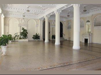 Appartager FR - The Winter Palace in Nice - Cœur de Ville, Nice - 550 € /Mois