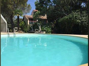 Appartager FR - Chambre dans la Villa Solis - La Seyne-sur-Mer, Toulon - 420 € /Mois