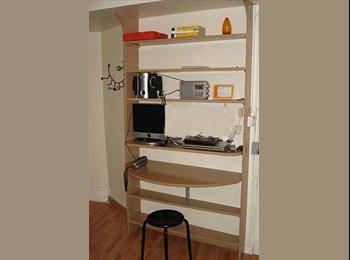 Appartager FR - Studio Rue Forfait, près centre ville  - Rouen, Rouen - 400 € /Mois