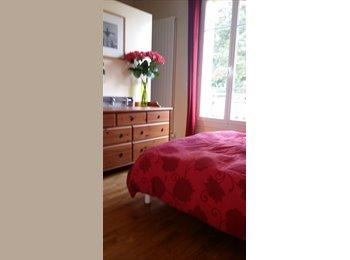 Chambre dans belle maison proche des bords de Marne