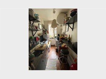 Appartager FR - Colocation appartement sympa Paris 18ème  - 18ème Arrondissement, Paris - Ile De France - 550 € /Mois