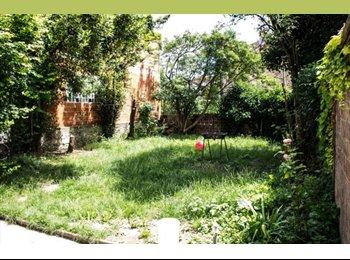 dans pavillon avec jardin chambre individuelle 15m2