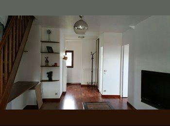 Chambre dans appartement style loft