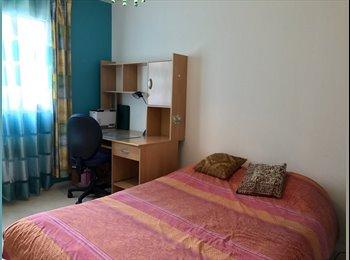 Appartager FR - Chambre ds appartement spatieux er acceuillant - Bourg-la-Reine, Paris - Ile De France - 380 € /Mois