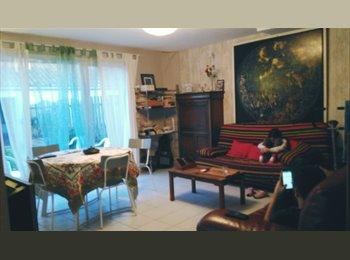 Appartager FR - Agréable colocation étudiante très bien située en centre-ville d' Aytré - Aytré, La Rochelle - 280 € /Mois