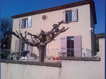 Appartager FR - La coloc de Bouc Bel Air - Bouc-Bel-Air, Aix-en-Provence - 350 € /Mois