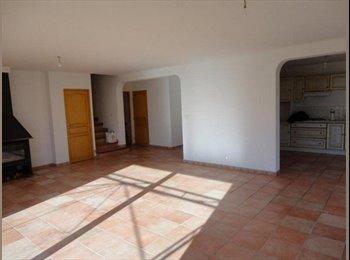 Appartager FR - Colocation grande maison Célony - Aix-en-Provence, Aix-en-Provence - 550 € /Mois