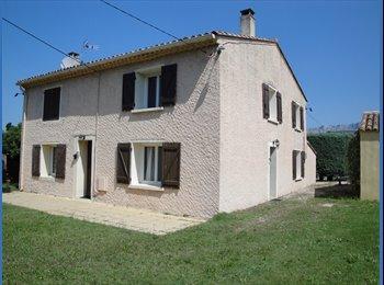 Appartager FR - Propose colocation - Rousset, Aix-en-Provence - 300 € /Mois