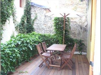 Appartager FR - Charmant T2 Avignon Centre avec grande terrasse en bois - Avignon, Avignon - 580 € /Mois