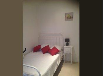 Appartager FR - Loue chambre - La Rochelle, La Rochelle - 300 € /Mois