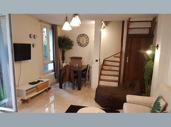 Chambre meuble  dans maison en colocation
