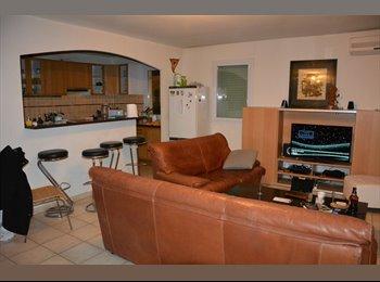 Appartager FR - 2 chambres disponibles dans T4 au parc de la navale - La Seyne-sur-Mer, Toulon - 440 € /Mois