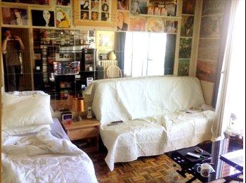 Appartager FR - partage mon studio 75011 proche bastille  - 11ème Arrondissement, Paris - Ile De France - 350 € /Mois