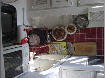 Appartager FR - Chambre Dans Un Charmant Appartement - Mouffetard - 5ème Arrondissement, Paris - Ile De France - 550 € /Mois