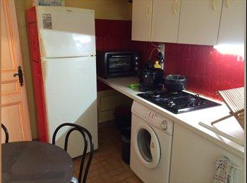 Appartager FR - chambre en colocation (port de Nice) - Est Littoral, Nice - 400 € /Mois