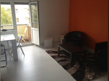 Appartager FR - Chambre dans F4 calme - refait à neuf - Neudorf, Strasbourg - 450 € /Mois