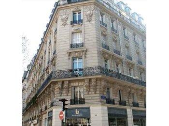 Appartager FR - Belle studio à Metro Courcelles  - 17ème Arrondissement, Paris - Ile De France - 350 € /Mois