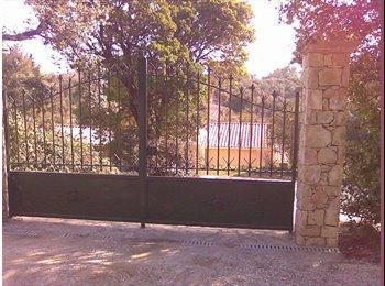 STUDIO Meublé dans villa,  Quartier Castanet / Caremeau