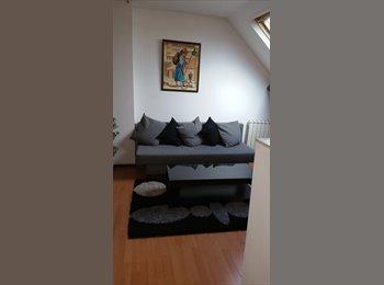Appartager FR - chambre/salon en colocation dans T2 40m2 maison alfort/Juliottes M8 - Créteil, Paris - Ile De France - 600 € /Mois
