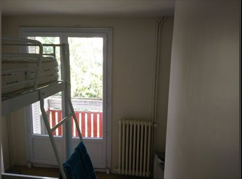 Appartement spacieux 105 m² à partager avec 3 coloc