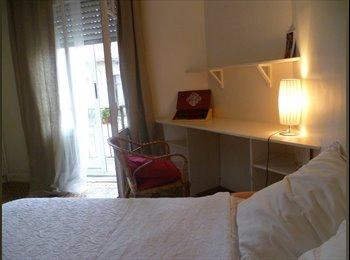 Appartager FR - Chambre calme en centre ville - Perpignan, Perpignan - 300 € /Mois